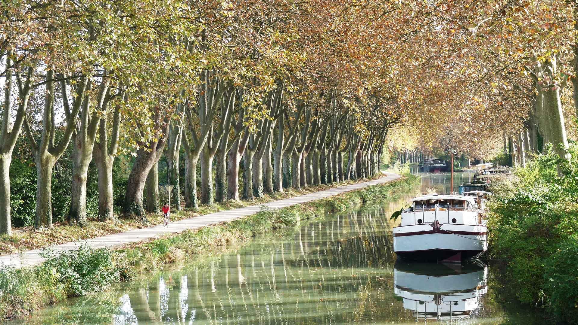 Passer son permis fluvial et naviguer sur le canal du Midi